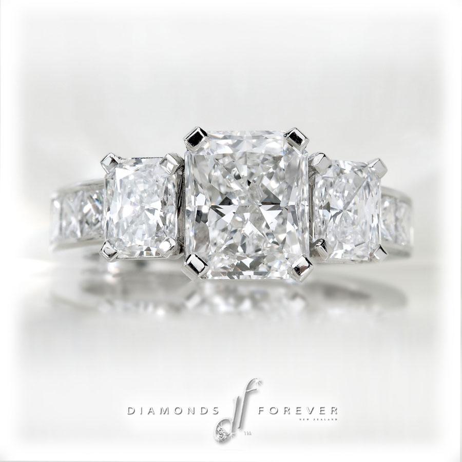Diamonds in Platinum08
