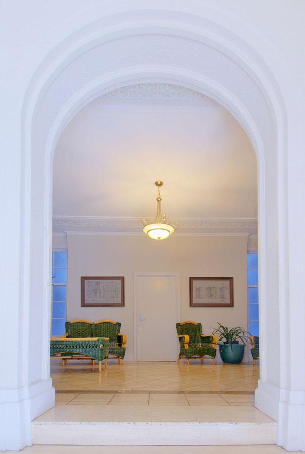 Real Estate Interior3